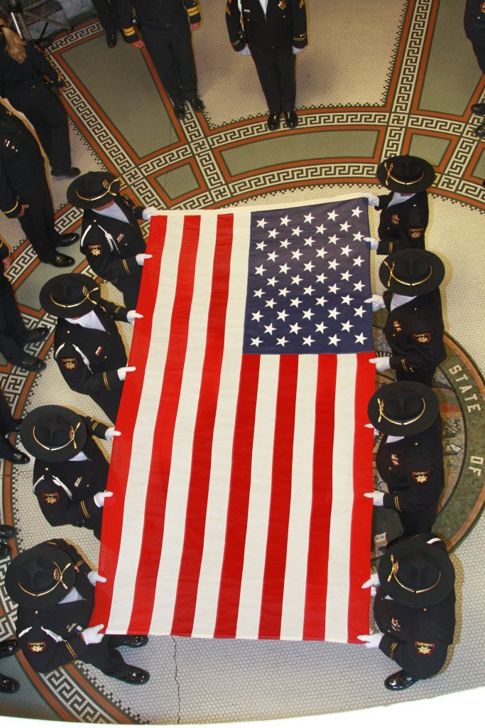 flag fold 1