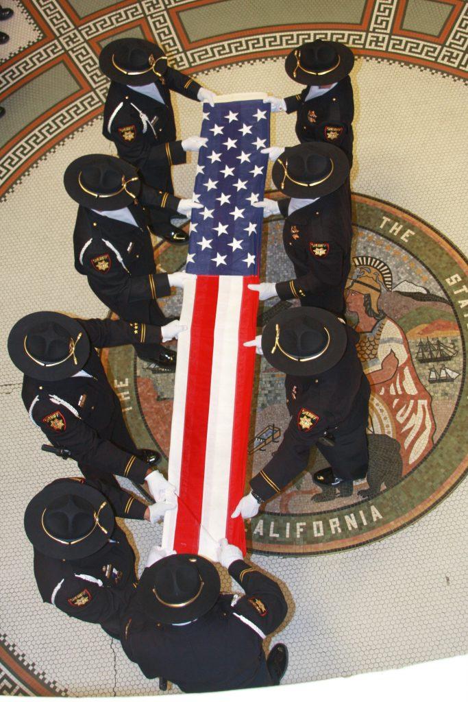 flag fold 11